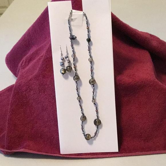 Lia Sophia Jewelry - Lia Sophia Necklace & Earring set, bronze tones
